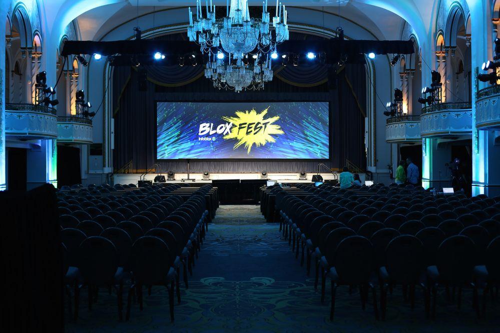Bloxfest stage.jpg
